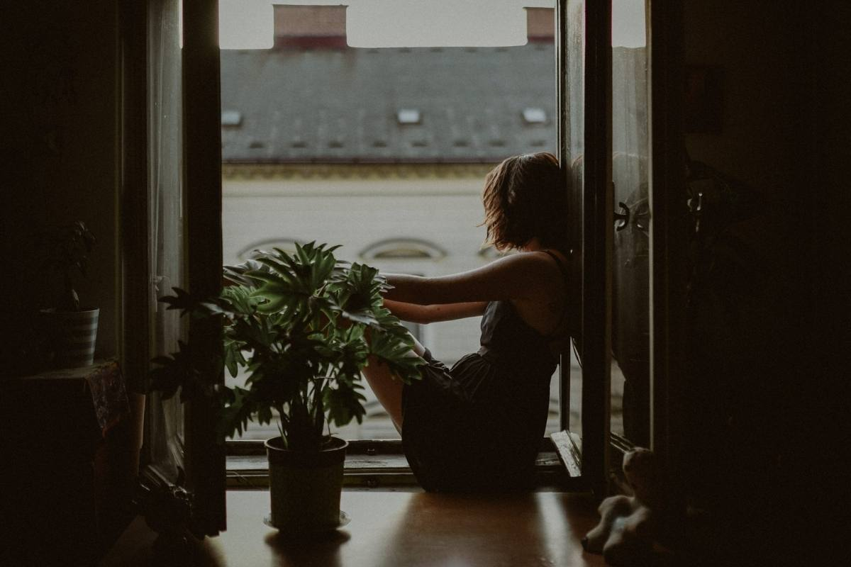 43 daily habits for introverts, guaranteed to calm your chaos