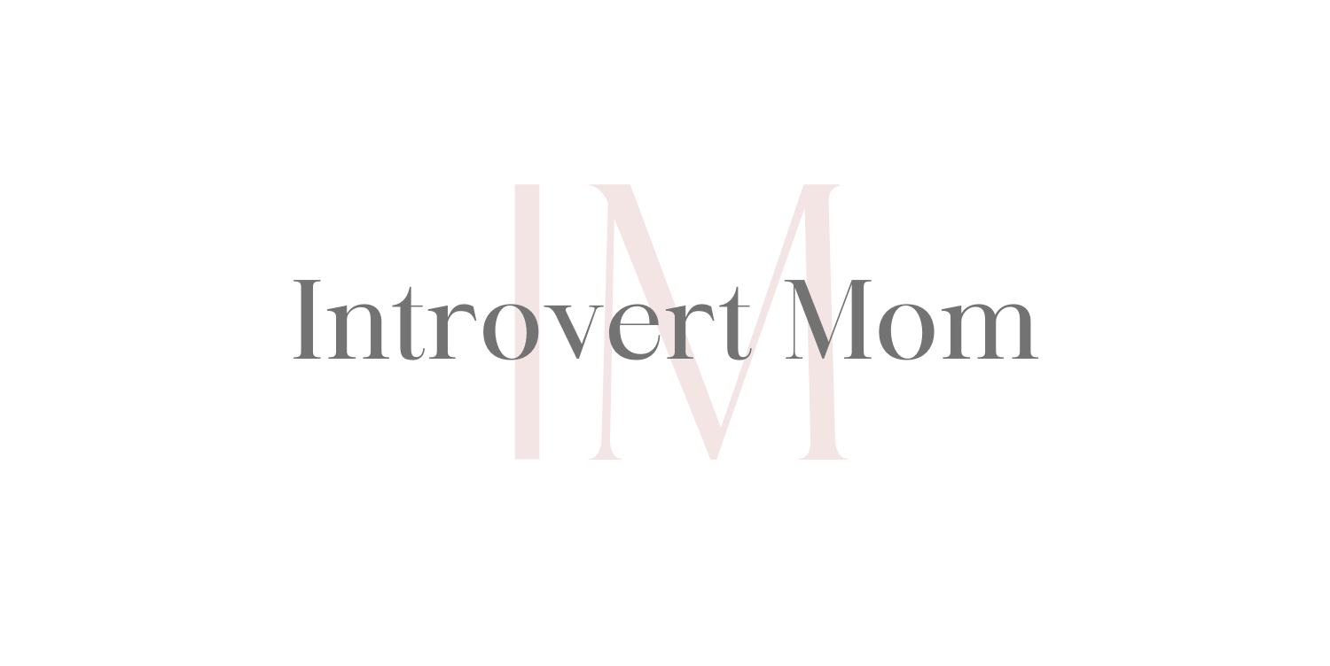 Introvert Mom logo