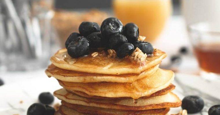 Vegan (protein powder) blueberry pancakes