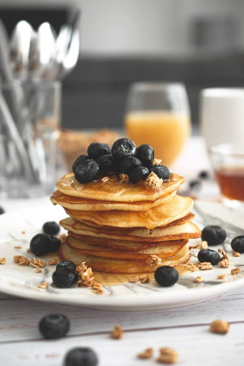 Vegan (protein powder) blueberry pancakes